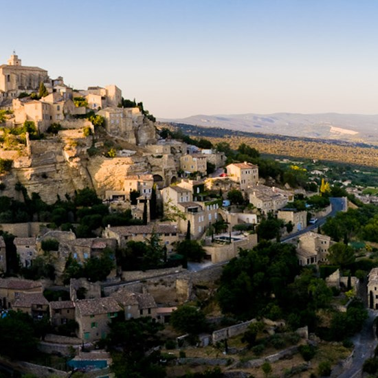 Bergsby i Provence